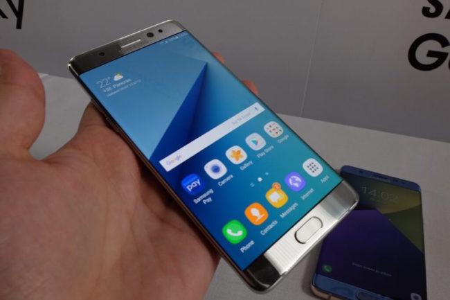 Samsung Galaxy Note 7 en mano