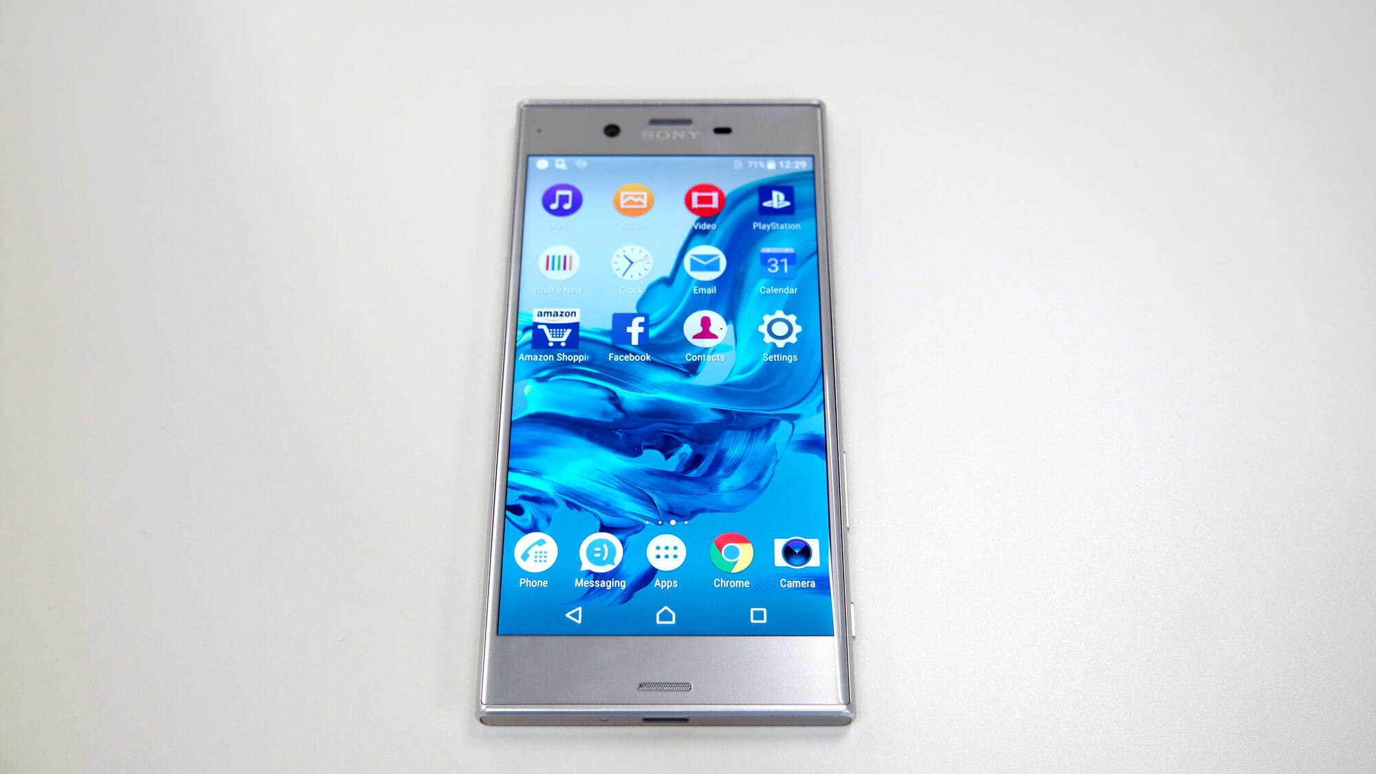Sony Xperia XZ frontal plateado