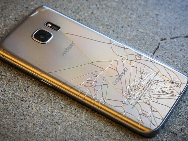 How much is it worth to fix Samsung Galaxy S7? Price of ...